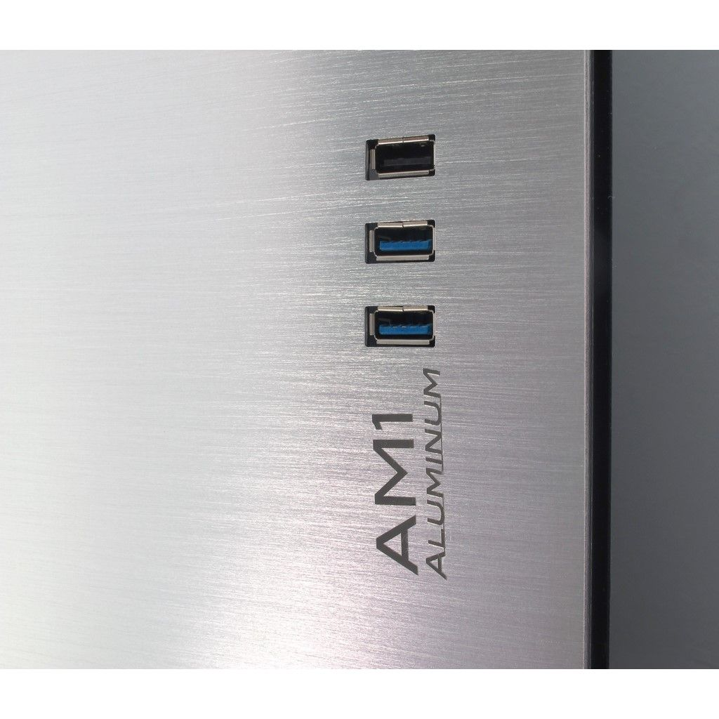 AM-1 detail usbports